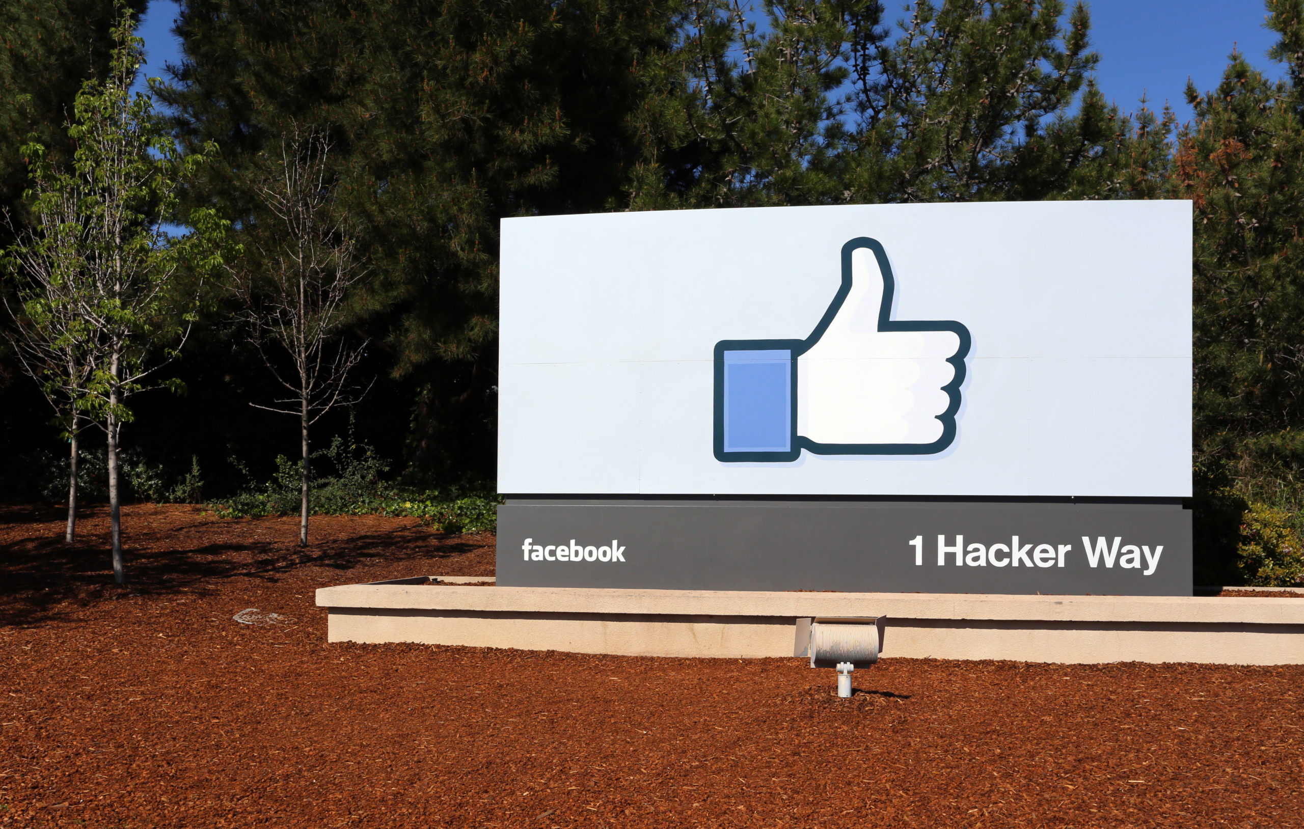 Facebook will lower political insist material in the News Feed beginning at the present time